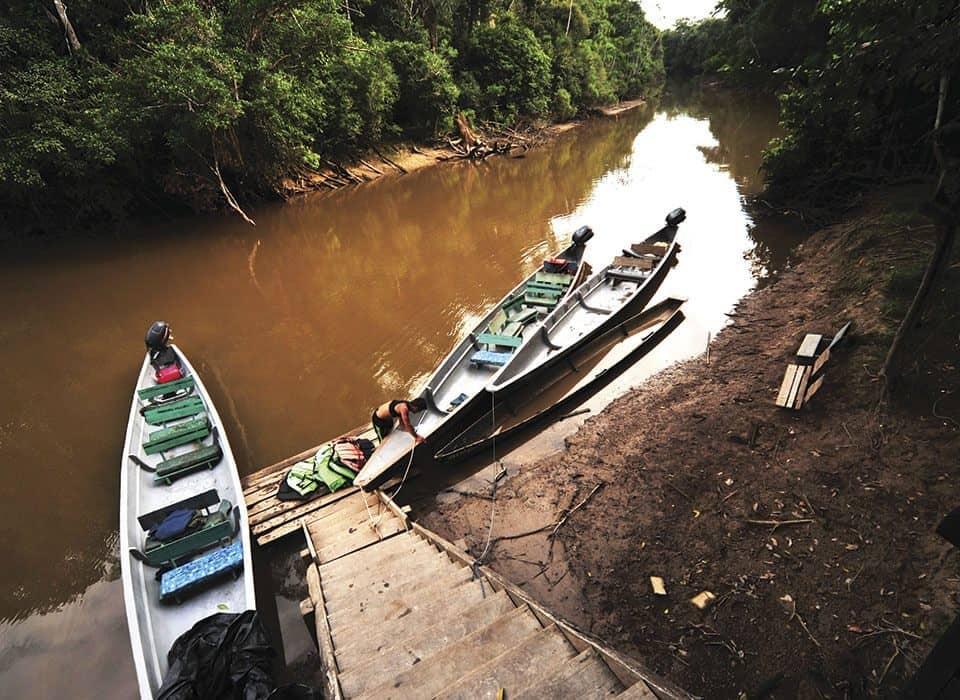 canoe to go to cuyabeno tour or cuyabeno lodge
