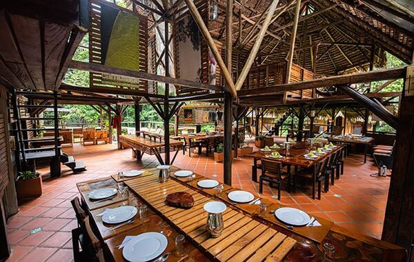 dinning table in the cuyabeno lodge